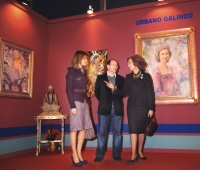 HM Queen Sofia, HM Queen Letízia and Urbano Galindo next to Queen Sofia´s portrait