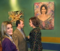 HM Queen Sofia,HM Queen Letízia and Urbano Galindo next to the portrait of Michelle Obama