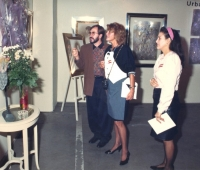 Baronesa Thyssen y Urbano Galindo en una exposición del artista