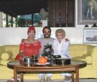 Greta Peck, Marie Gomez y Urbano Galindo