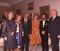 Mª Ángeles Beceiro, Nini Montian, Embajadores de Venezuela, Urbano Galindo y el Productor de Cine Nnorteamericano Jhon Kelly